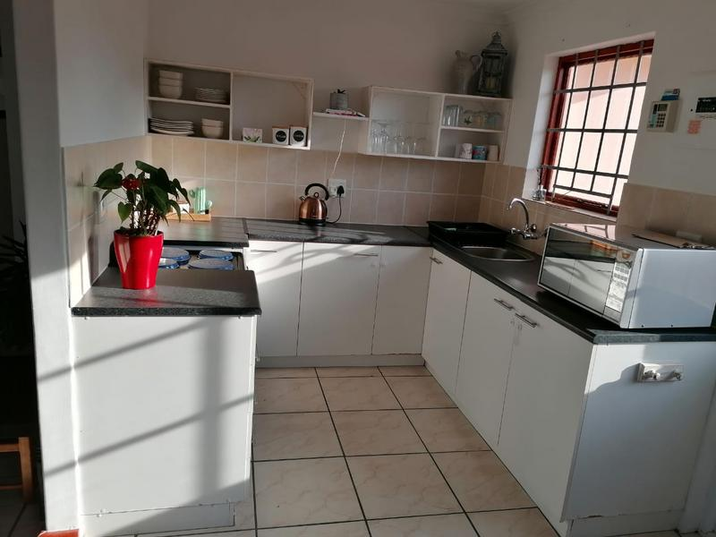 Property For Rent in Milkwood Park, Cape Town 7