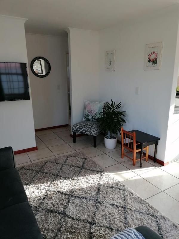 Property For Rent in Milkwood Park, Cape Town 8